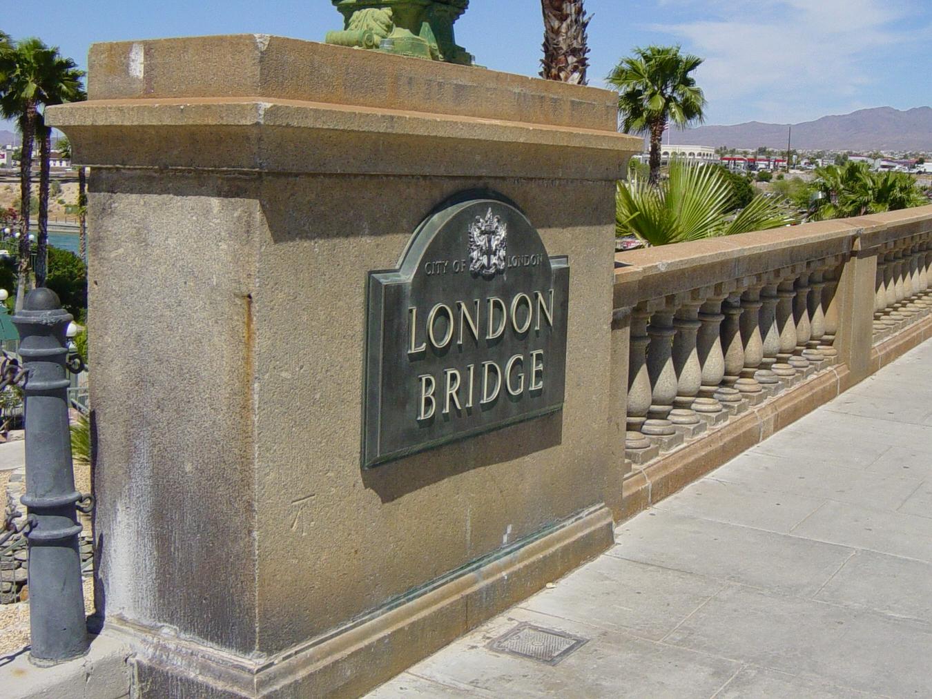 Arizona's London Bridge - Photo